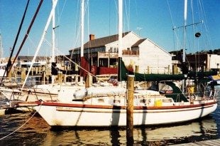 Walkabout in Beaufort. Before Foolishly Staying Aboard during a Hurricane