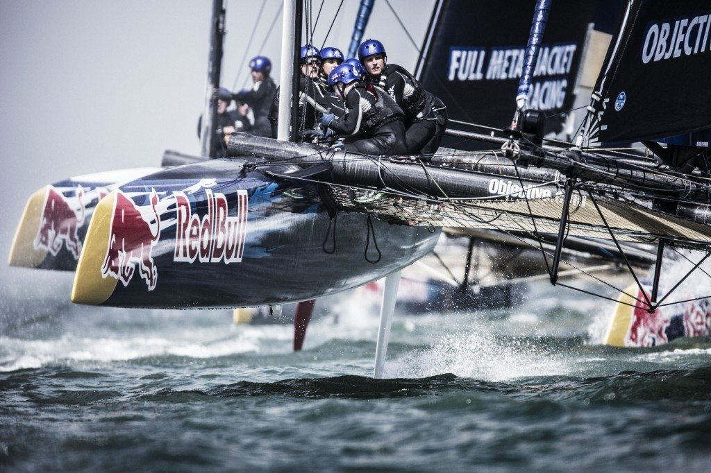 german and australian teams rock the speed trials all at sea. Black Bedroom Furniture Sets. Home Design Ideas