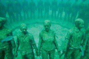 Underwater sculptures, Grenada