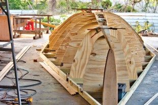 The plywood molds in place. Photos by SteveBrett