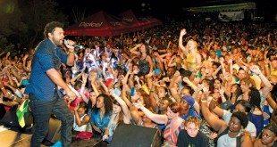 Shaggy performs at Antigua Race Week. Photo: Ted Martin/www.photofantasyantigua.com
