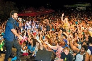Shaggy performs at Antigua Race Week. Photo: Ted Martin/www.photofantasyantigua.com