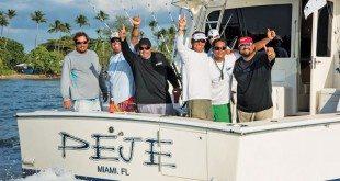 The winning fishermen aboard Peje (front, from left):JoseloHernandez,RafaelCaicedo, EfrainRodriguez, CaítoChapel andCaptainJuanJose Garcia. BryanRamos (back) is theIGFTO observer. Photo:Mark Smestad