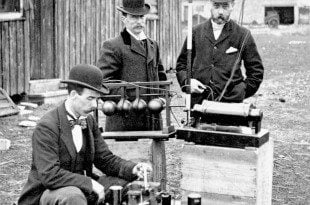 VHF Radio Distress Call: British Post Officeengineers inspectGuglielmo Marconi's wireless telegraphy(radio) equipment, during a demonstration onFlat Holm Island, 13 May 1897. This was the world's first demonstration of the transmission of radio signals over open sea, between Lavernock Point and Flat Holm Island, a distance of three miles.