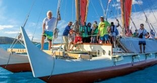 Hokulea BVI: Sir Richard Branson tours the BVI aboard Hokulea during its visit to the territory