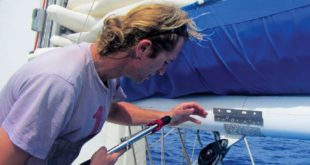 Boom repair while on passage. Picture by Birgit Hackl and Christian Feldbauer